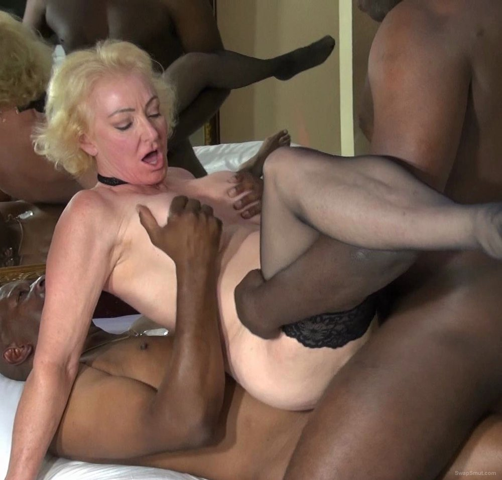 Amateur Blonde Bbc Deepthroat