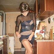 zenya2 posing for genuine amateur homemade photos