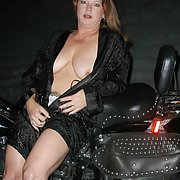 Mature swinging couple share their fun with you chubby biker