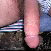 Well endowed always horny looking for a lady to please this cock