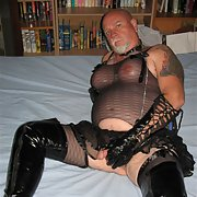 HORNY bisexual transvestite crossdresser