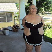 More new pics of me showing off for my my BBW body outdoors