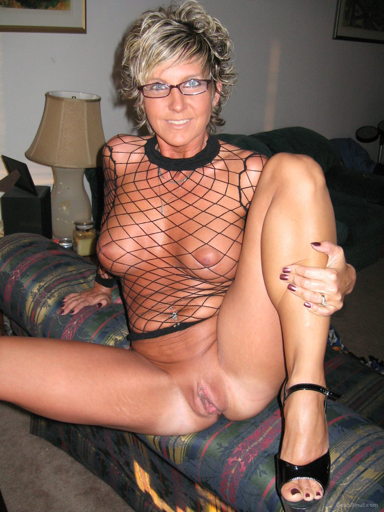 Busty mature milf both holes welcome cock and your cum