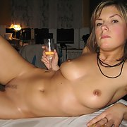 Sexy MARTINA newly married lady posing for explicit pics with lover