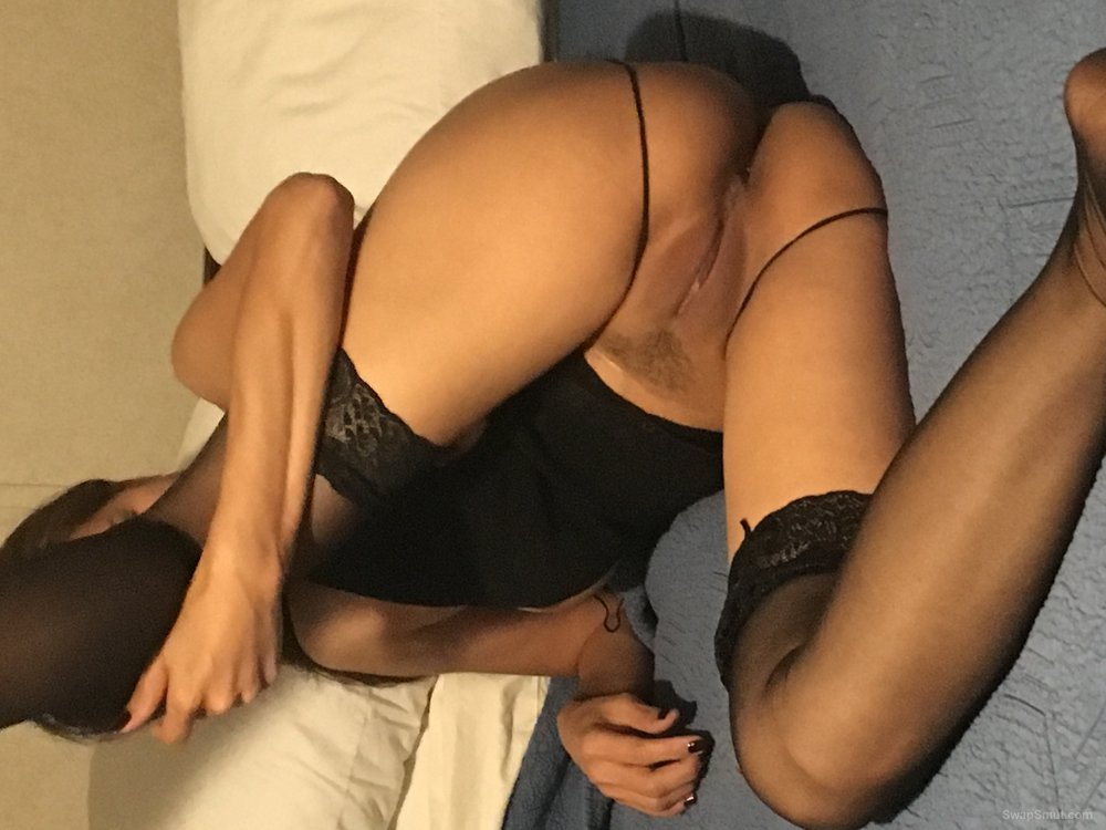 Thai wife sexy pics outfits and nude