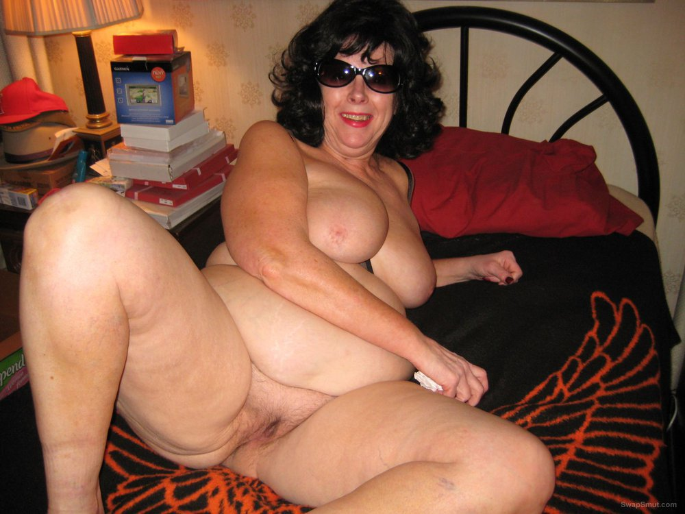 slut BBW wife from New York nude amateur pics