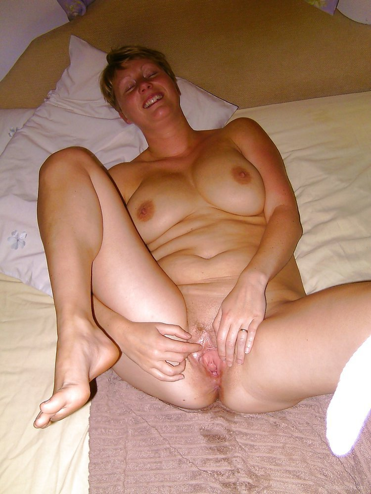 Naked wife with mum