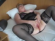 Masturbating session in Hotel Room with a stranger at a weekend trip