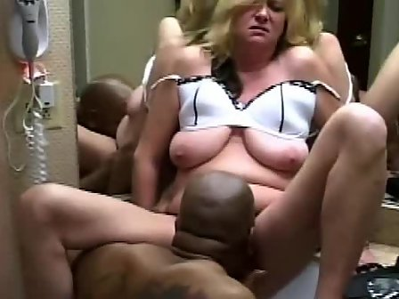 Mature cuckold black