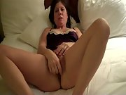 Diane Pennsylvania MILF Vigorously Attends to Her Needy Pussy