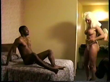 Vegas motel room fuck with slutty black girl 5